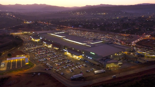 Aerial_image_of_Thavhani_Mall_on_opening_day