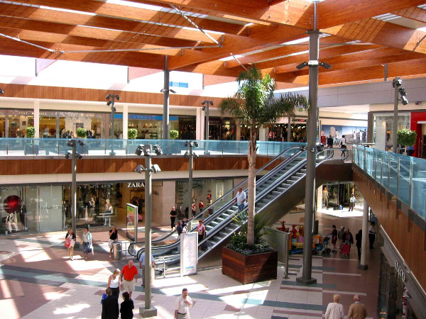 Habaneras-Shopping-Centre-interio