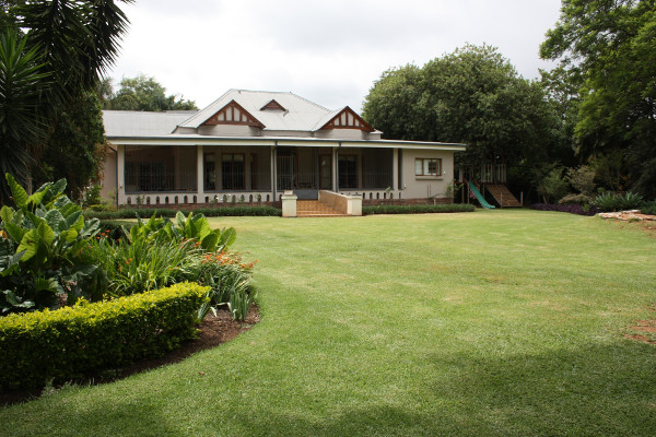 Lydenburg-house-for-sale-R2.75m_