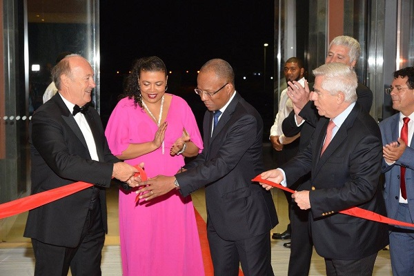 Ribbon-Cutting-hilton