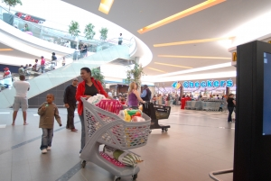 Festive shoppers flock to Mall of the North