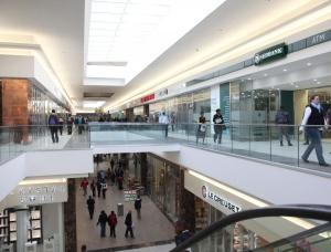 Nicolway Bryanston shopping centre achieves record turnover in December 2012